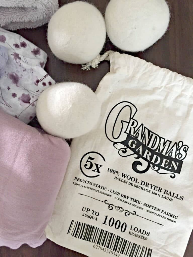 DRYER BALLS: THE HEALTHY ALTERNATIVE TO TOXIC DRYER SHEETS