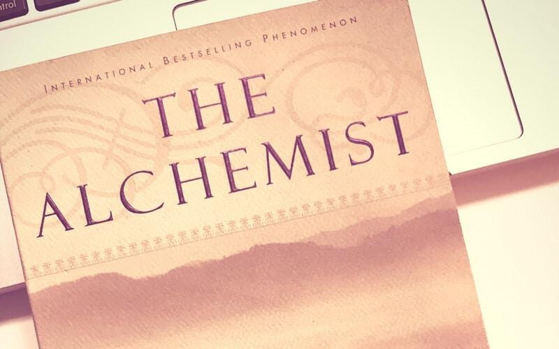 21 Quotes The Alchemist Teaches You About Life and Love