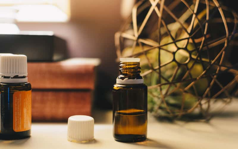 6 ways to use essential oils every day, helping you create healthy habits and get the self care you need for balance and happiness in your life.